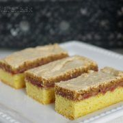 Sweet Desserts, Sweet Recipes, Eclairs, Cookie Bars, Bakery, Food And Drink, Yummy Food, Sweets, Cooking
