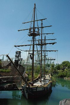 Pirate's Ship Out To Sea, Pirate Life, Yacht Boat, Sail Away, Tall Ships, Model Ships, Water Crafts, That Way, Sailing Ships