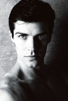 roberto bolle | Tumblr The Perfectionist Overachiever...