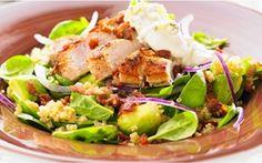 Kvinoa-kanasalaatti