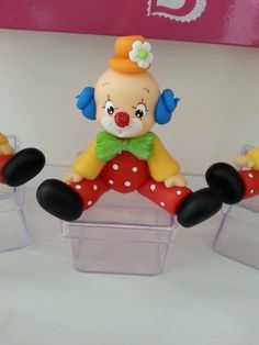 Clown Cake, Fondant Animals, Send In The Clowns, Circus Theme, Pasta Flexible, Sugar Flowers, Cold Porcelain, Paper Quilling, Polymer Clay