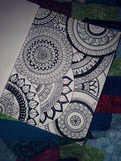 Love doing free hand mandala & zentangles piirtäminen в 2019 Art Drawings For Kids, Pencil Art Drawings, Art Drawings Sketches, Doodle Art Drawing, Zentangle Drawings, Zentangles, Mandala Art Lesson, Mandala Doodle, Mandalas Painting
