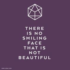 Happy Saturday: Smile today - because this makes you beautiful! #saturday #weekend #mylezay #staytuend