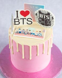 BTS drip birthday cake #drippedcake Birthday Cake Crown, Bithday Cake, Elegant Birthday Cakes, Army Cake, Bts Cake, Victoria Cakes, Bts Birthdays, Cake Decorating Techniques, Cake Servings
