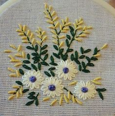 Brazilian Embroidery Stitches, Embroidery Works, Bullion Embroidery, Simple Embroidery, Hand Embroidery Designs, Hardanger Embroidery, Hand Embroidery Stitches, Embroidery Needles, Embroidery Thread