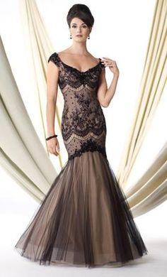 Mon Cheri Ivonne D/114D43: buy this dress for a fraction of the salon price on PreOwnedWeddingDresses.com