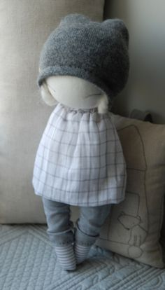 Muc Muc Handmade Dolls by very talented Gabriela Wójcik from Poland. Welcome to the Little Loaf Story world of beautiful stuff for babies!