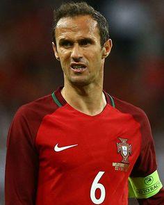 SPORTS And More: #MLS #NASL #Portugal international central defende...