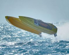 Fast offshore racing boats