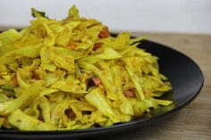 A Classic Vegetarian Curry Cabbage Recipe. A classic vegetarian curry cabbage recipe. Vegetarian Curry, Going Vegetarian, Vegetarian Recipes, Healthy Recipes, Vegan Curry, Savoury Recipes, Vegan Meals, Healthy Foods, Jamaican Cabbage
