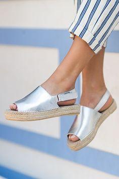 477d46215c0b Kinder Silver Flat Espadrille Sandals By Carvela