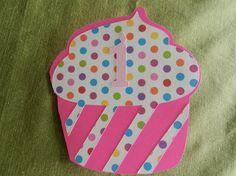 Cupcake invitations Cupcake Invitations, Invitation Cards, Girl Birthday, Birthday Parties, Cupcake Party, Free Printables, Lunch Box, Birthdays, Party Ideas