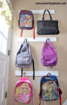 18 ways to get Organized for Fall. Great ideas to make going back to school easier this Fall. Get organized with these Fall Organizing Ideas! Backpack Hanger, Backpack Storage, Backpack Organization, Purse Storage, Clothes Storage, Shoe Storage, Storage Ideas, School Bag Storage, Back To School Organization
