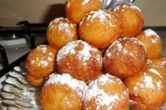 Romanian Food, Pretzel Bites, Easy Meals, Food And Drink, Sweets, Bread, Diet, Recipes, Cakes