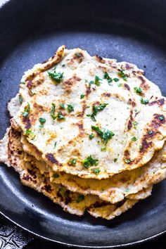This Keto Naan is the perfect side dish for any Indian inspired meal. It goes great with Keto Butter Chicken or even use it as a sandwich wrap! Low Carb Keto, Low Carb Recipes, Diet Recipes, Cooking Recipes, Healthy Recipes, Chili Recipes, Vegan Keto, Vegetarian Keto, Paleo
