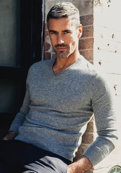 Hugo Wells, Academic vampire. Set to be Kelsey's American trainer. Worked with Marcus for many years. (Addicted, Lexi Blake)