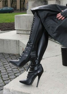Sexy Boots for women and men from Sexy Shooz UK. Ankle Boots, Knee Boots, Thigh High Boots plus Crotch and Chap Boots Leather High Heel Boots, Black High Boots, Thigh High Boots, Knee Boots, Heeled Boots, Knee High Heels, Hot High Heels, Platform High Heels, Stilettos