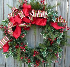 Christmas berries and holly wreath Christmas Berries, Christmas Rock, Outdoor Christmas, Christmas Stuff, Handmade Christmas, Christmas Time, Christmas Ideas, Christmas Flower Decorations, Holiday Wreaths