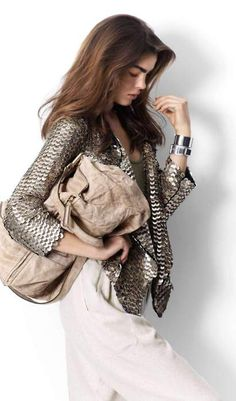 metallic jacket, washed leather bag. Casual Elegant Chic