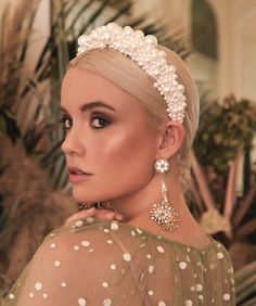 Buy the Bridal Trend-Pearl headbands - Perfete Large Pearl Crown headband Wedding Hair and Beauty Bride makeup and accessories # Wedding Headband, Halo Headband, Bridal Crown, Headband Hairstyles, Wedding Hairstyles, Bride Headband, Beach Hairstyles, Quinceanera Hairstyles, Headband Styles