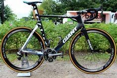 Best pro bikes of 2014: sprinters' steeds - @marcelkittel #GiantPropelAdvancedSL Read more at http://roadcyclinguk.com/gear/best-pro-bikes-2014-sprinters-steeds.html#EVQhKgxyobb4SCxQ.99