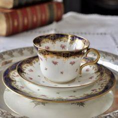 陶磁器 Archives * 2ページ目 (2ページ中) * ラブアンティーク Love Antique of London Cup And Saucer, Tea Cups, London, Antiques, Tableware, Antiquities, Antique, Dinnerware, Tablewares