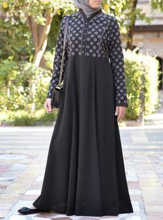 Abaya Fashion, Fashion Dresses, Women's Fashion, New Abaya Style, Kurti Sleeves Design, Mode Abaya, Muslim Women Fashion, Abaya Designs, Hijab Dress