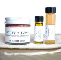 MINI FACIAL SET : a great way to sample our most loved products, 3 piece set contains mini sizes of our HONEY+ROSE FACE SCRUB, our HERBAL FACE TONIC and our NIGHT OIL.