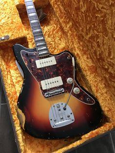 Fender Electric Guitar, Fender Guitars, Fender Jaguar, Jazz Artists, Custom Guitars, Vintage Guitars, Music Stuff, Reggae, Acoustic