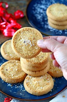 Homemade cookies made with unsweetened desiccated coconut.Step by step Eggless Coconut cookies. How to make quick and easy eggless coconut cookies. Cookies Without Eggs, Egg Free Cookies, Eggless Cookie Recipes, Eggless Baking, Biscuit Bar, Biscuit Recipe, Coconut Cupcakes, Coconut Cookies, Coconut Biscuits