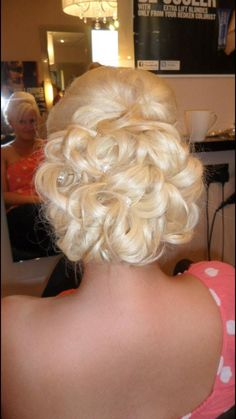 Wedding hair ideas, we used extensions to create this look. Hair Ideas, Extensions, Wedding Hairstyles, Create, Look, Medium Wedding Hairstyles, Wedding Hair Half, Wedding Hair, Wedding Hair Down
