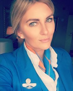 Just 2 more flights and then weekend. See you tonight @siththy  #fun #working #cabincrew #life #live #love #charmingcrew #shamelessselifie