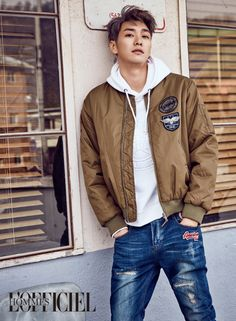 Kim Young Kwang L'Officiel Hommes Korea February 2017 Look 1