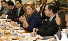 Con el fin de estrechar la relación entre México y Estados Unidos, así como promover el bienestar de la comunidad mexicana en ese país, Claudia Ruiz Massieu, titular de la Secretaria de Relaciones Exteriores (SRE) realizó una visita de trabajo a Washington, D.C. En un comunicado, la cancillería informó que Ruiz Massieu sostuvo reuniones […]