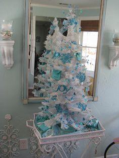 Christmas tree theme this year..Breakfast at Tiffanys !