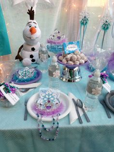 Princess Birthday Party Supplies and Princess Party Favors-Disney Princess Party Ideas. Frozen Princess Party, Princess Party Favors, Disney Frozen Party, Frozen Theme Party, Frozen Birthday Party, 2nd Birthday Parties, Frozen Party Decorations, Birthday Party Decorations, Homemade Christmas Tree