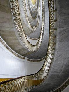 Via Filangieri - Palazzo Mannajuolo di Armando Mancini