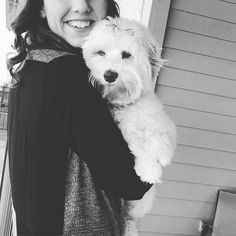 Having SOO much fun at my grandpas with my aunt my family is spoiling me rotten with so much play time and treats. This little pup is in dog heaven. #playtime #cuddles #dallasdogs #dog #pet #homefortheholidays  #petsagram #petsofinstagram #puppylove #dogsofinstagram #labradoodle #instacute #weeklyfluff #barkbox #mypaldogtreats #dogstagram #dogoftheday #lacyandpaws #instagood #fuzzyard by dallasdoodlegram_rory