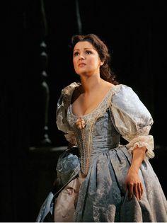 <3 Anna Netrebko as Elvira in I Puritani  Metropolitan Opera