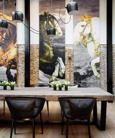 Restaurante Dos Cielos by Hermanos Torres Deco Cafe, Peruvian Restaurant, Soft Chair, Comfortable Living Room Chairs, Meeting Table, Meeting Rooms, Exposed Brick Walls, Bar Art, Interior Decorating