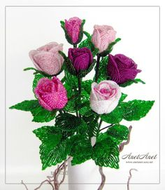 7 pink roses made of beads..............si sabes hacer rosas............lindas