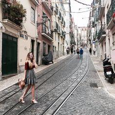 Olá Lisboa! #lisboa #barioalto #manifiqgirls #bemanifiq #amazing #perfect #portugal #elevadordabica