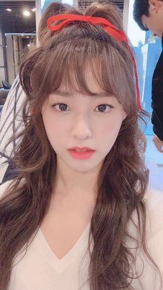 Seolhyun, Kpop Girl Groups, Kpop Girls, Jimin Aoa, Kim Seol Hyun, Muslim Brides, Dye My Hair, Korean Celebrities, Girl Bands