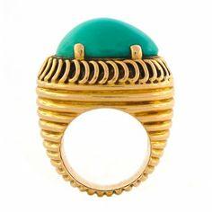 Vintage Turquoise & 18K Gold Cocktail Ring | Circa 1960s