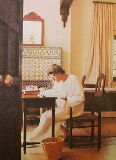 October, Yves Saint Laurent gives W the first look at Dar Es Saada, his new home in the medina of Marrakech, Morocco. Ysl, Yves Saint Laurent, Christian Dior, W Magazine, French Fashion Designers, Vintage Pictures, Fashion Photo, Saints, Glamour