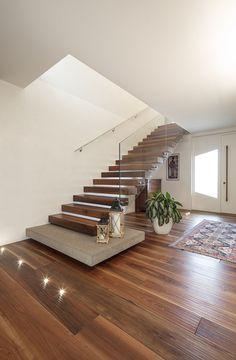 Staircase Design Modern, Home Stairs Design, Modern Stairs, Interior Stairs, Home Room Design, Modern House Design, Home Interior Design, Glass Stairs Design, Stair Design