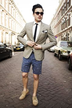 Nice combo with blazer tie and shorts. This is how it works. #shorts #inspiration #men #fashion #menstyle #look