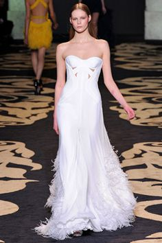 f0deeb634441 Angelina Jolie Versace wedding Versace Wedding Dress