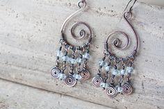 Delicate natural aquamarine earrings  Spiral by CookOnStrike