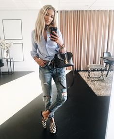 H A P P Y S U N D A Y // Josh's #OOTD: JV CHARLA Blouse & JV SEMMY Jeans. Shop her look in the JV Partner Stores and online via www.JOSHV.com #JOSHV #JOSHVHQ #OOTD #LouisVuitton #gucci